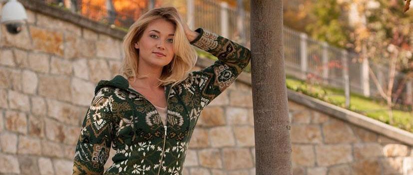Kooi Hungary, egyedi tervezésű exkluzív női kötöttáru