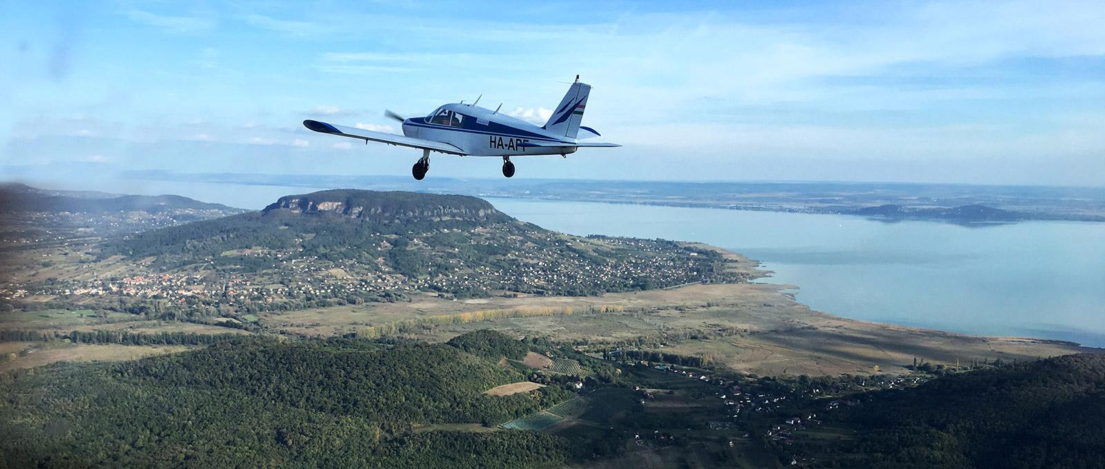 Legyél te is pilóta egy Falke SF25 Movit repülőgépen!