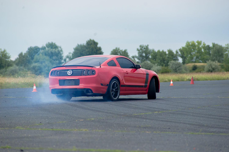 Mustang BOSS élményautózás DRX ringen