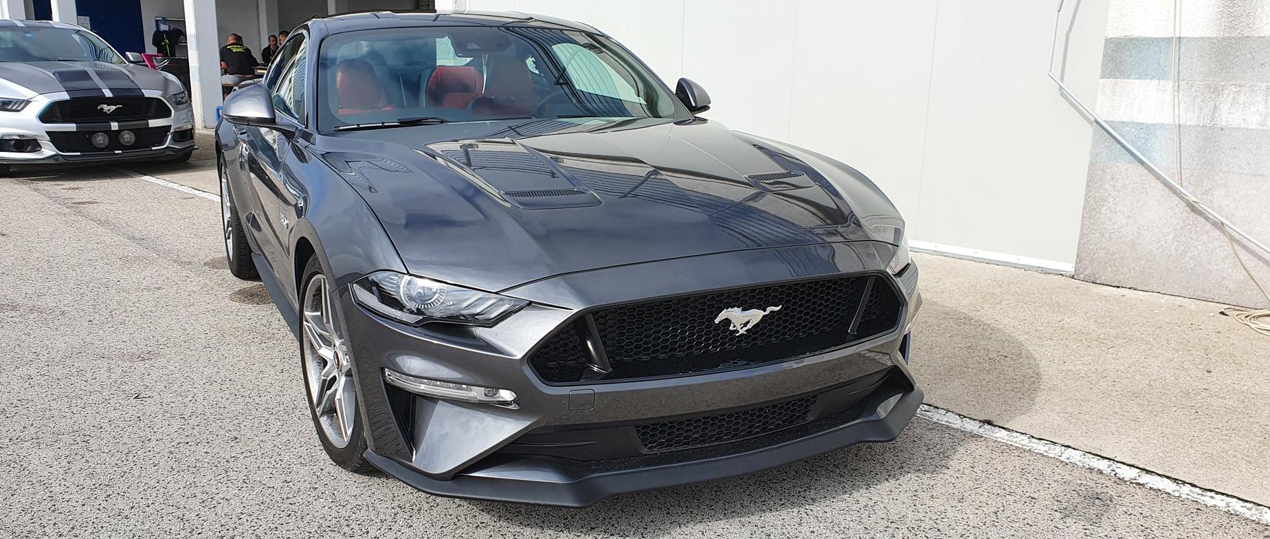 Ford Mustang GT 2021 élményvezetés a Kakucsringen