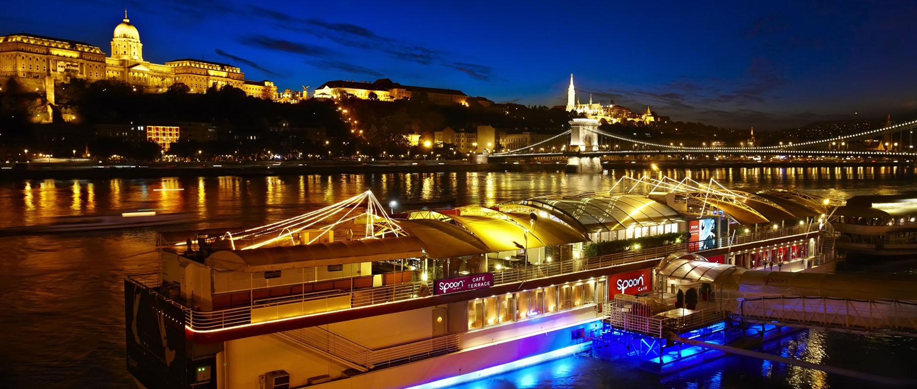 Spoon The Boat romantikus étterem, Budapest ajándékkártya