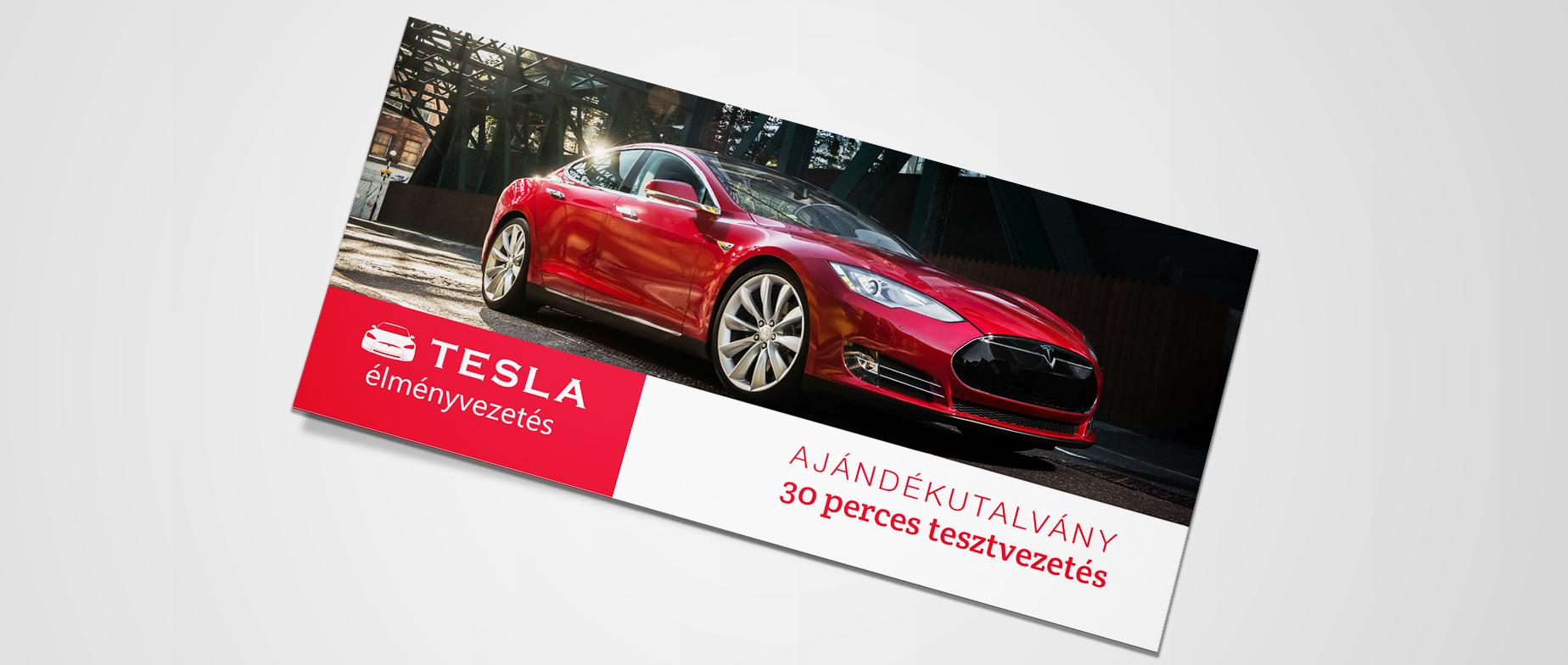 Tesla Model S utcai élményvezetés