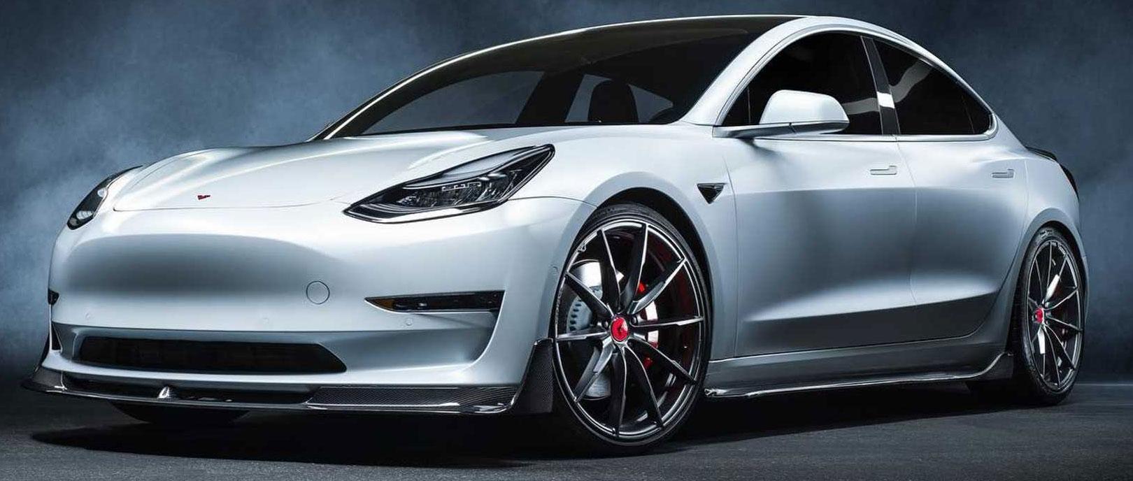 Tesla Model 3 élményvezetés közúton